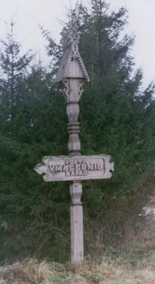 Rodyklė, rodanti kelią prie poeto kapo
